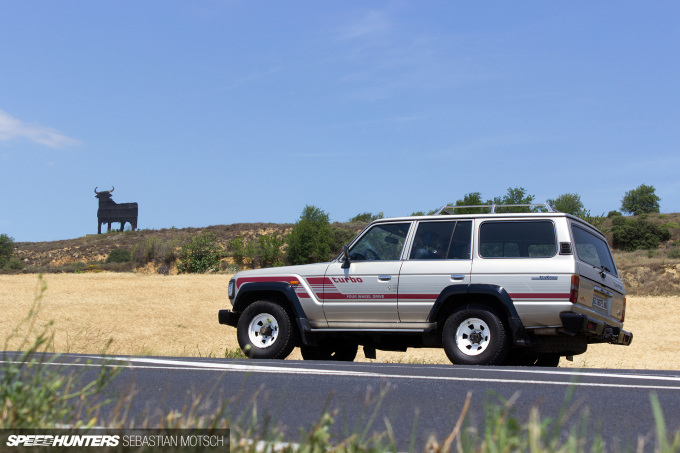 Toyota LandCruiser HJ61 in Spain by Sebastian Motsch