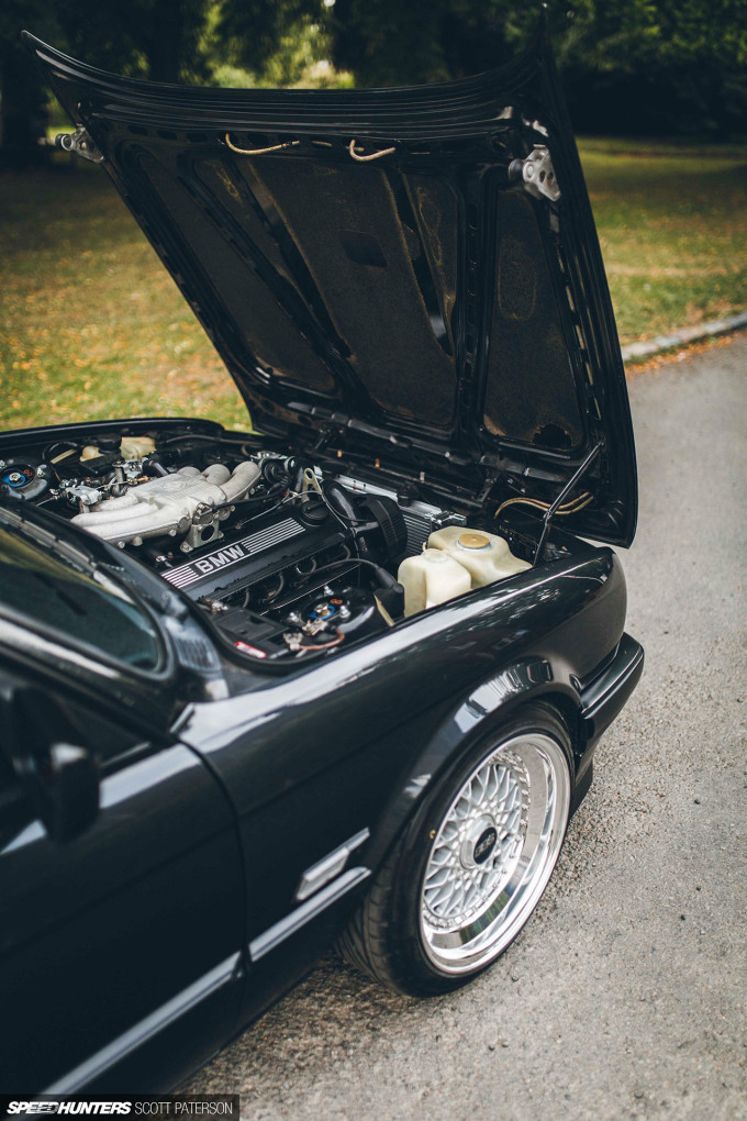 Speedhunters_BMW_E30_320_Scott_Paterson-23
