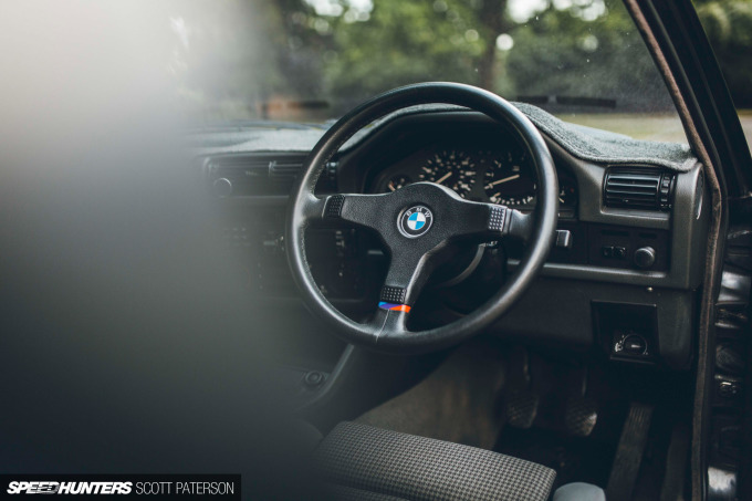 Speedhunters_BMW_E30_320_Scott_Paterson-28