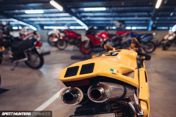 stefan-kotze-speedhunters-motorcycle-room-069