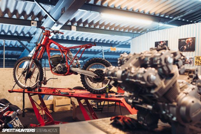 stefan-kotze-speedhunters-motorcycle-room-008