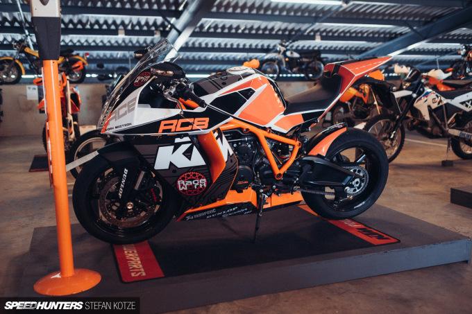 stefan-kotze-speedhunters-motorcycle-room-040