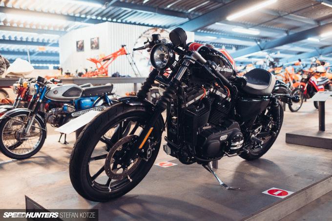stefan-kotze-speedhunters-motorcycle-room-011
