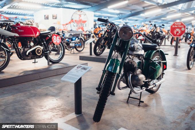 stefan-kotze-speedhunters-motorcycle-room-013