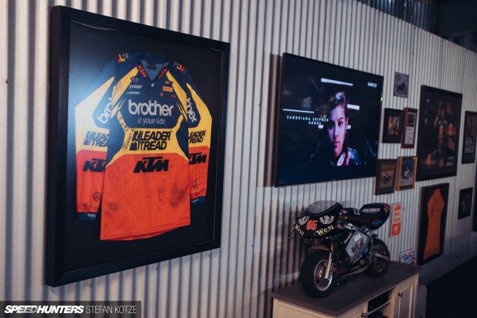 stefan-kotze-speedhunters-motorcycle-room-019