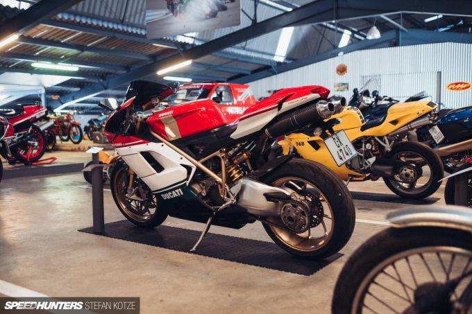 stefan-kotze-speedhunters-motorcycle-room-065