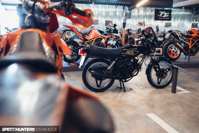 stefan-kotze-speedhunters-motorcycle-room-101
