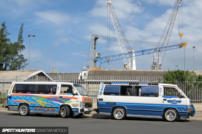 Toyota Hiace Siyaya Taxis in Durban South Africa by Sebastian Motsch