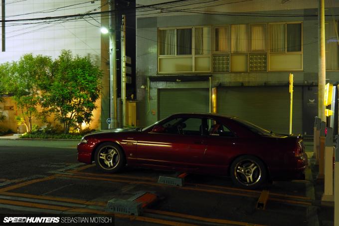 Nissan Skyline GT-R33 in Tokyo Japan by Sebastian Motsch