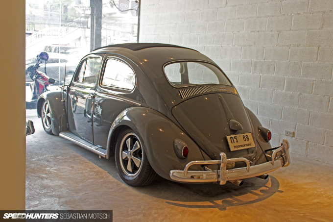 Volkswagen Beetles in Bangkok Thailand by Sebastian Motsch 07