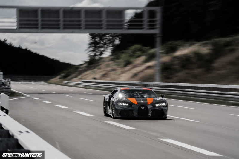 2019 Bugatti 300MPHSpeedhunters-04