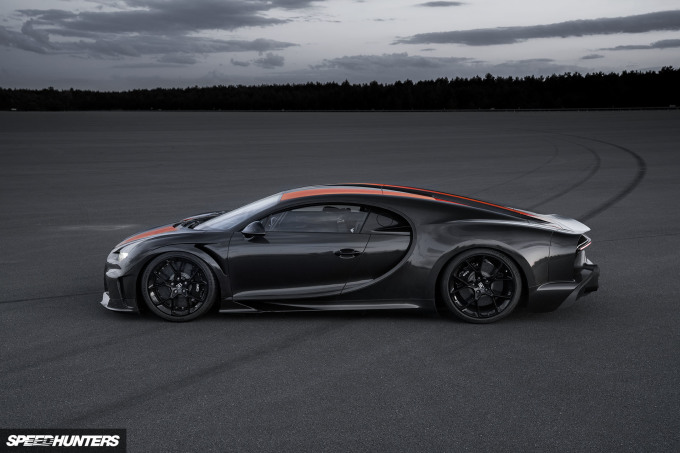 2019 Bugatti 300MPH Speedhunters-05