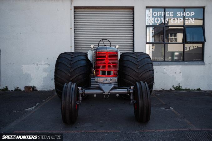 stefan-kotze-speedhunters-monster-tractor-001