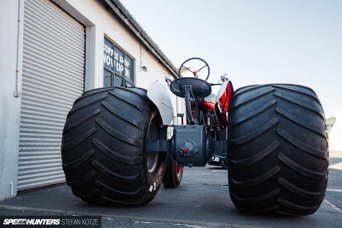 stefan-kotze-speedhunters-monster-tractor-049