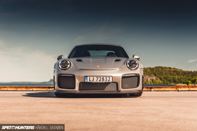 Speedhunters_Porsche_911_Turbo_RS_4