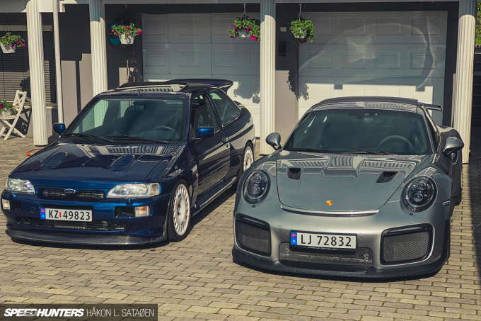 Speedhunters_Porsche_911_Turbo_RS_Pair