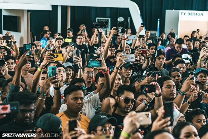 Speedhunters_Ron_Celestne_Crowd_1