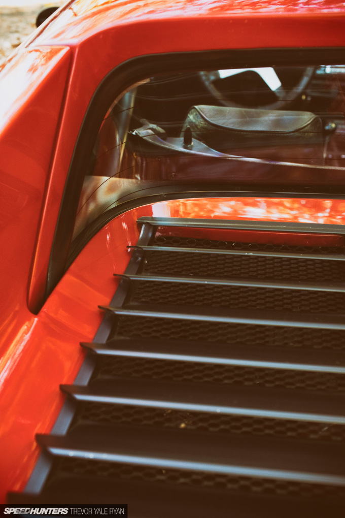 2019-Ferrari-308-Portland-Oregon_Trevor-Ryan-Speedhunters_013_6751