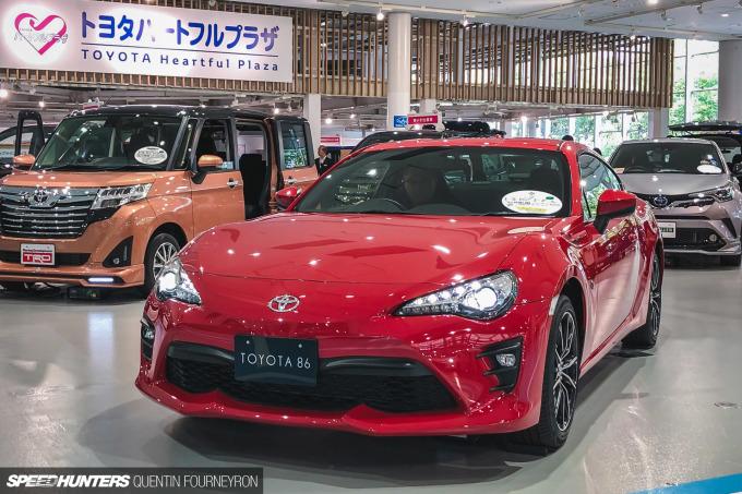 Speedhunters_Quentin_Fourneyron_Toyota_Odaiba_08