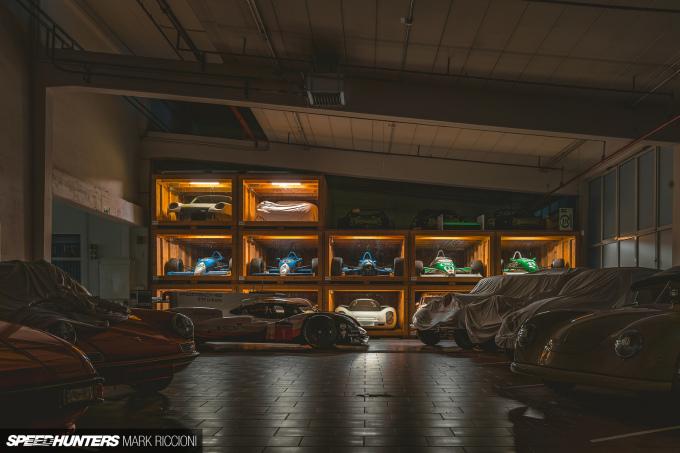 Mark_Riccioni_Speedhunters_Porsche_Storage_Facility_DSC04732