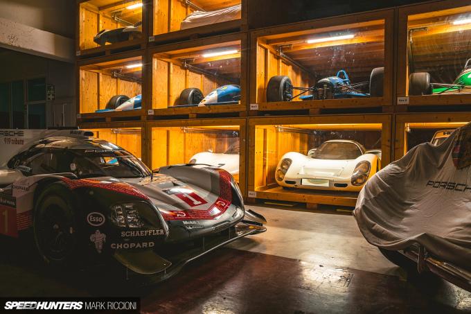 Mark_Riccioni_Speedhunters_Porsche_Storage_Facility_DSC04766