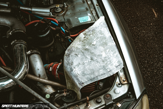 Speedhunters_Ron_Celestine_ProjectRough_ER34_Skyline_CarbonAirbox_31-3