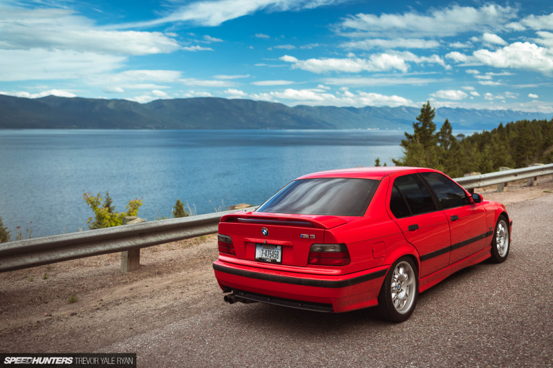 2019-Project-345-BMW-E36-M3-3-Series-Sedan_Trevor-Ryan-Speedhunters_001_0001