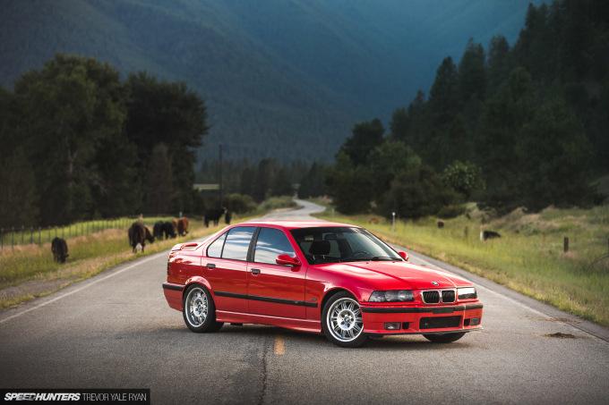 2019-Project-345-BMW-E36-M3-3-Series-Sedan_Trevor-Ryan-Speedhunters_002_0124