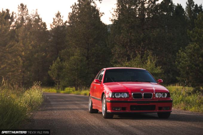 2019-Project-345-BMW-E36-M3-3-Series-Sedan_Trevor-Ryan-Speedhunters_028_0098