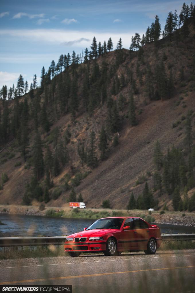 2019-Project-345-BMW-E36-M3-3-Series-Sedan_Trevor-Ryan-Speedhunters_041_0073