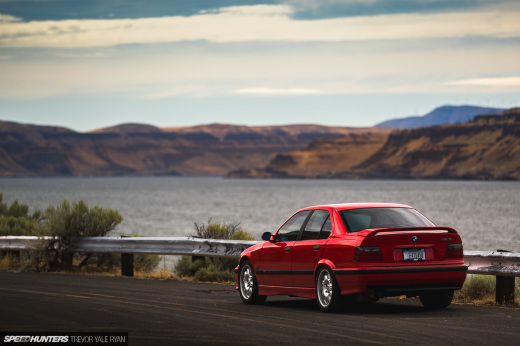 2019-Project-345-BMW-E36-M3-3-Series-Sedan_Trevor-Ryan-Speedhunters_049_0577