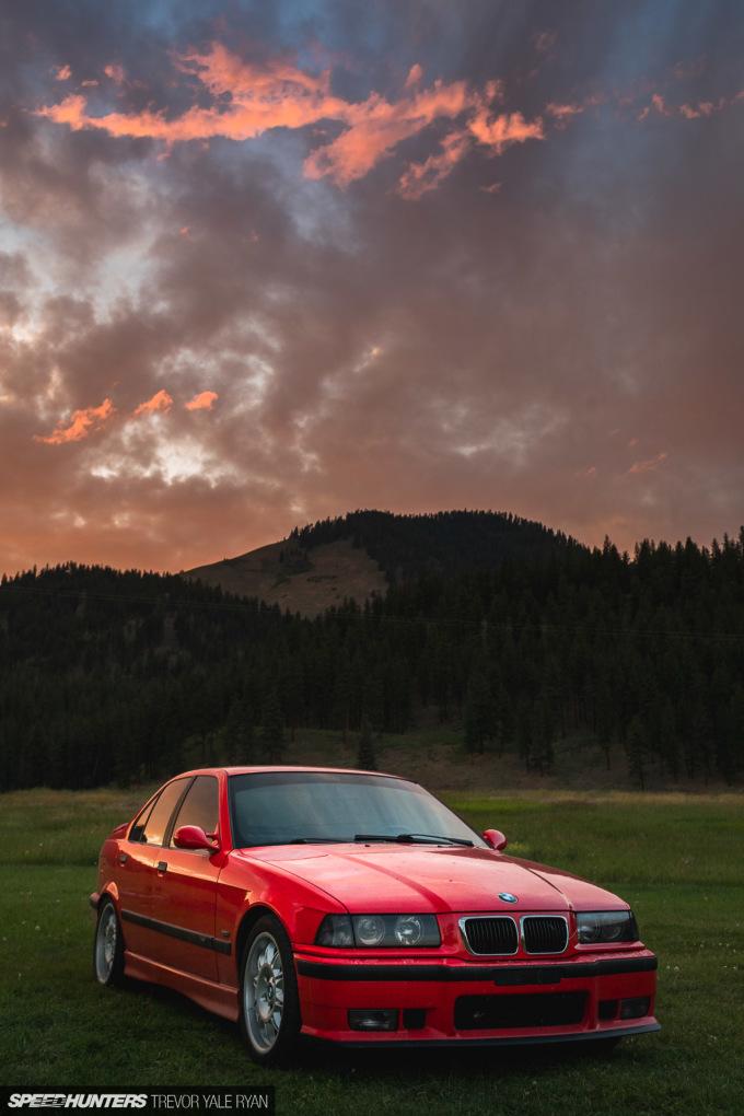 2019-Project-345-BMW-E36-M3-3-Series-Sedan_Trevor-Ryan-Speedhunters_053_0332