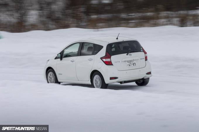 nissan_snow_drive_dino_dalle_carbonare_21