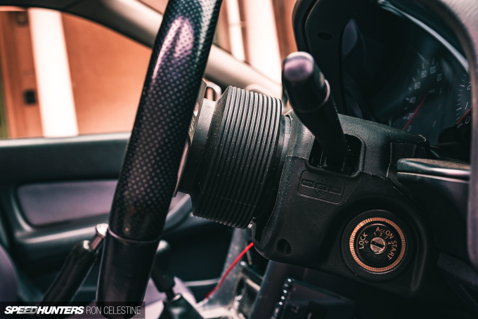 Speedhunters_Ron_Celestine_ProjectRough_ER34_Skyline_SteeringWheelAdapter_4
