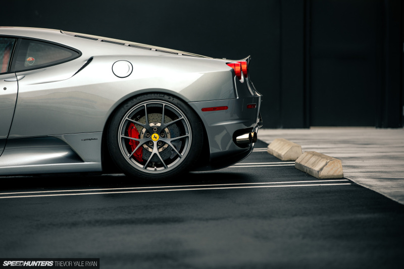 2020-The-Barn-Miami-Gaston-Rossato-Ferrari-F430_Trevor-Ryan-Speedhunters_027_3657