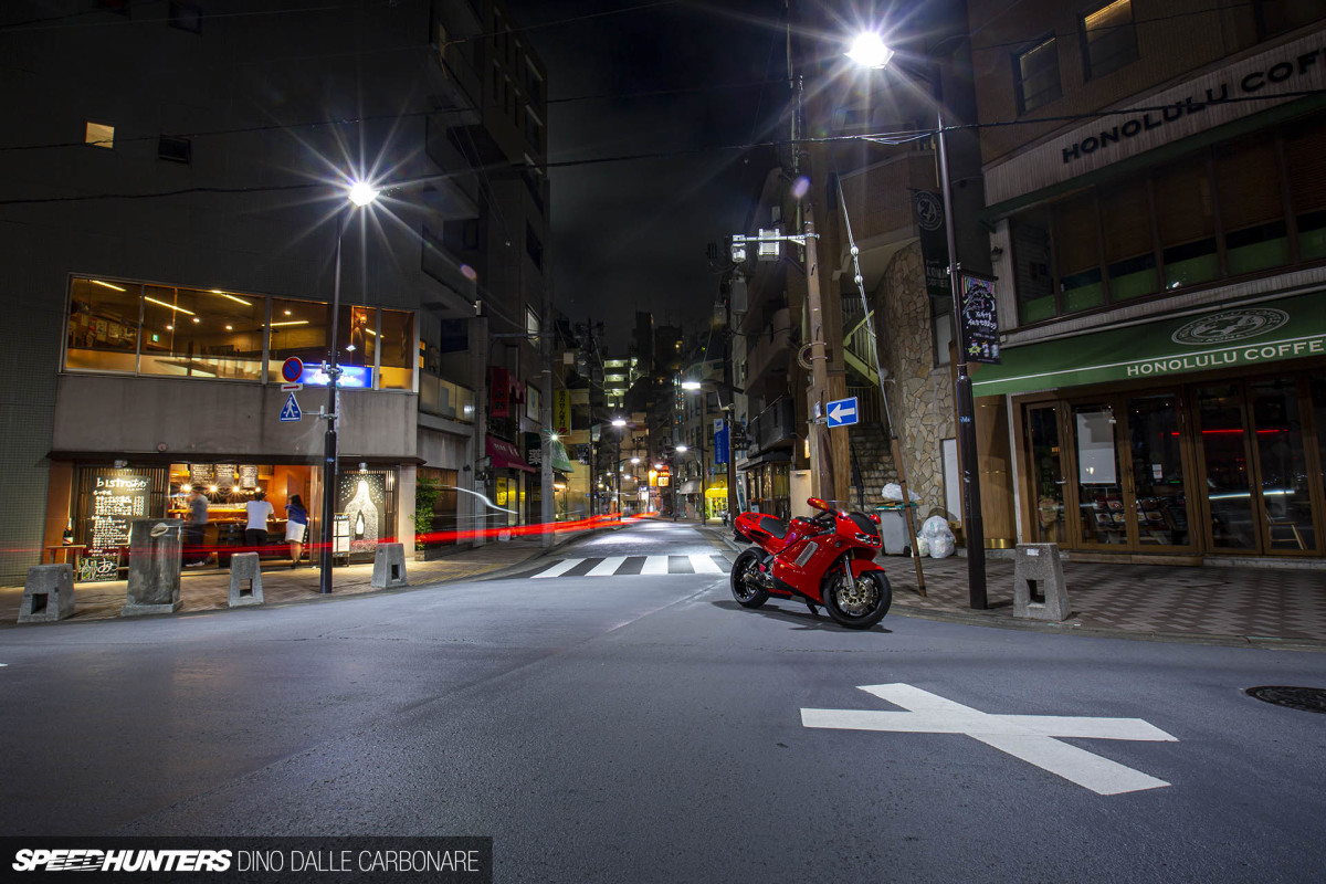 Honda NR750: A Sports Bike Icon On The Streets Of Tokyo
