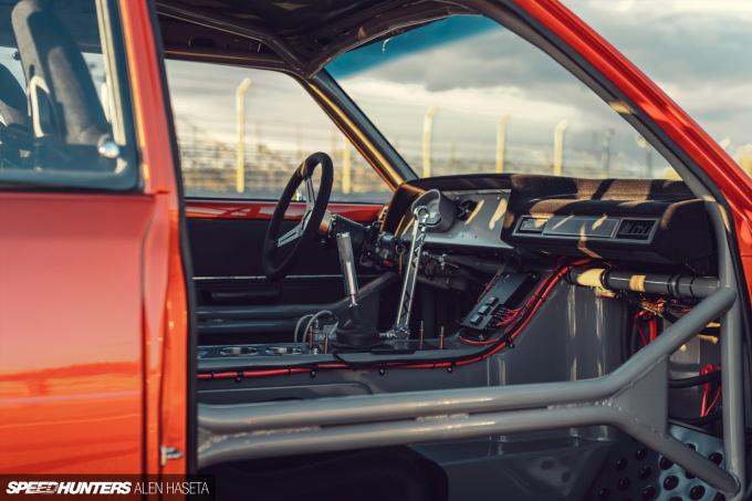Speedhunters_Alen_Haseta_Corolla_Interior_3