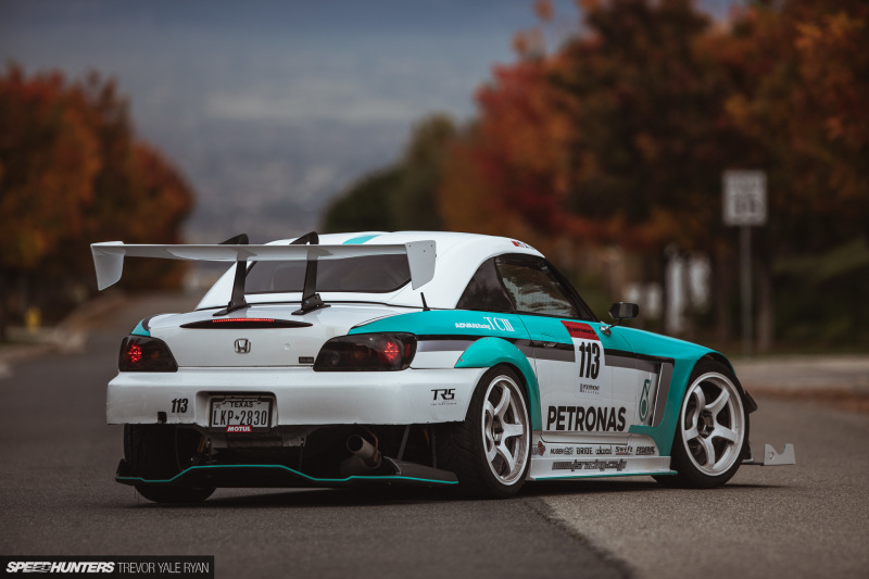 2020-Rainbow-S2000-The-Drivers-Edge_Trevor-Ryan-Speedhunters_006_2555