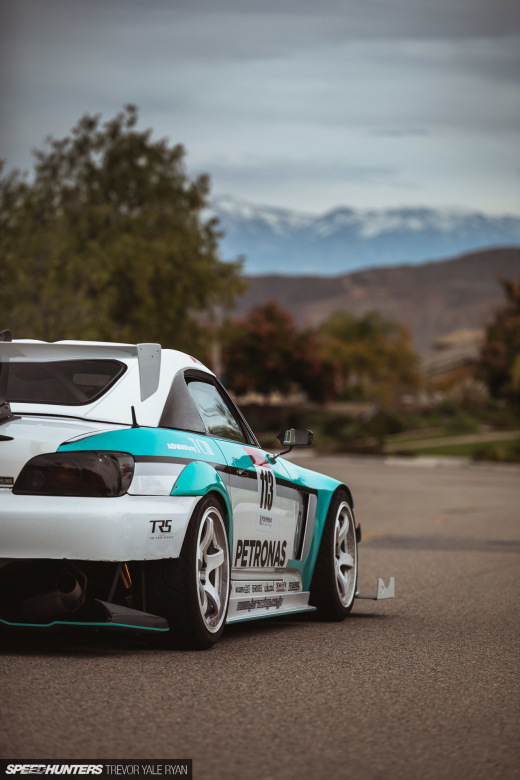 2020-Rainbow-S2000-The-Drivers-Edge_Trevor-Ryan-Speedhunters_012_2624