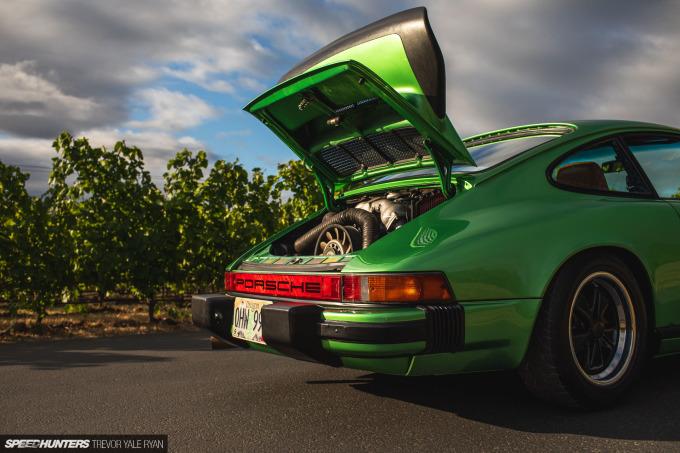 2020-Porsches-at-Sunrise-Stock-and-Rothsport-Racing_Trevor-Ryan-Speedhunters_048_2405
