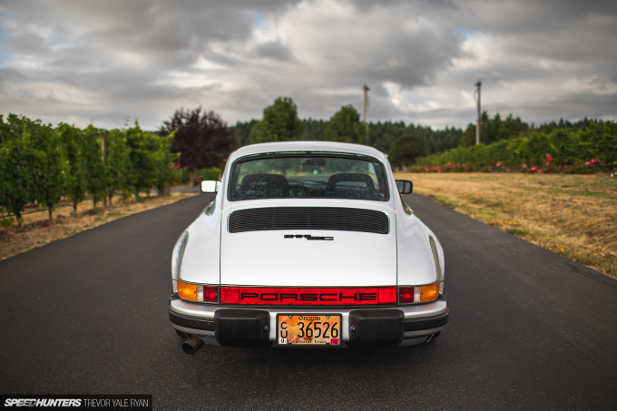 2020-Porsches-at-Sunrise-Stock-and-Rothsport-Racing_Trevor-Ryan-Speedhunters_074_2540