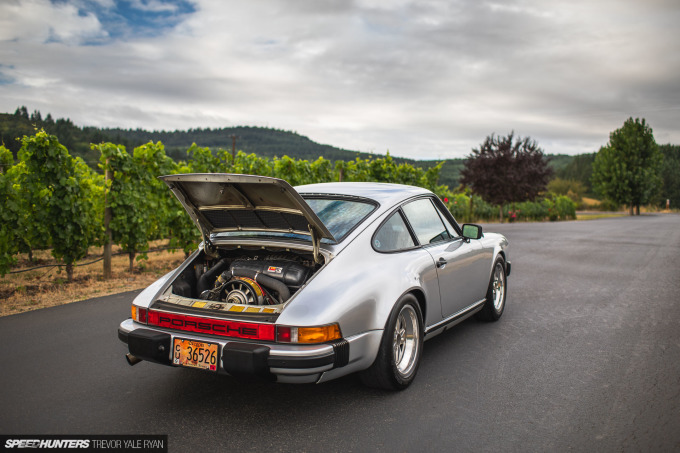 2020-Porsches-at-Sunrise-Stock-and-Rothsport-Racing_Trevor-Ryan-Speedhunters_086_2597