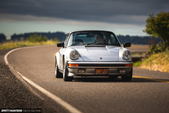 2020-Porsches-at-Sunrise-Stock-and-Rothsport-Racing_Trevor-Ryan-Speedhunters_097_3511