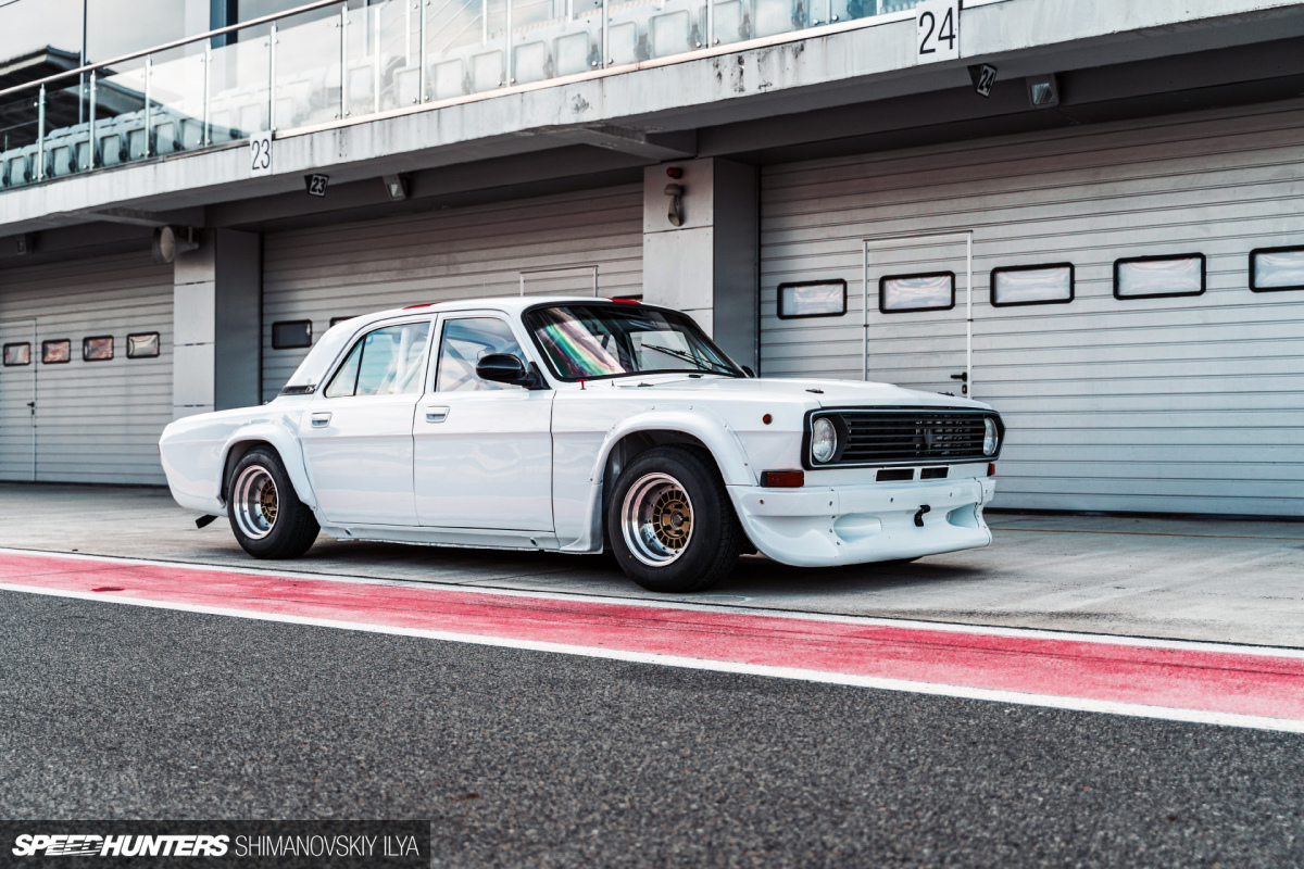 GAZ-24: From Taxi Stand To The Race Track