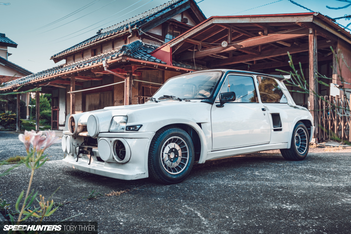 How Cool Is This R5 Turbo Resto Project?