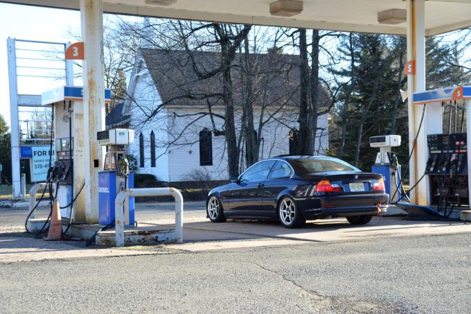 E46 Gas Station