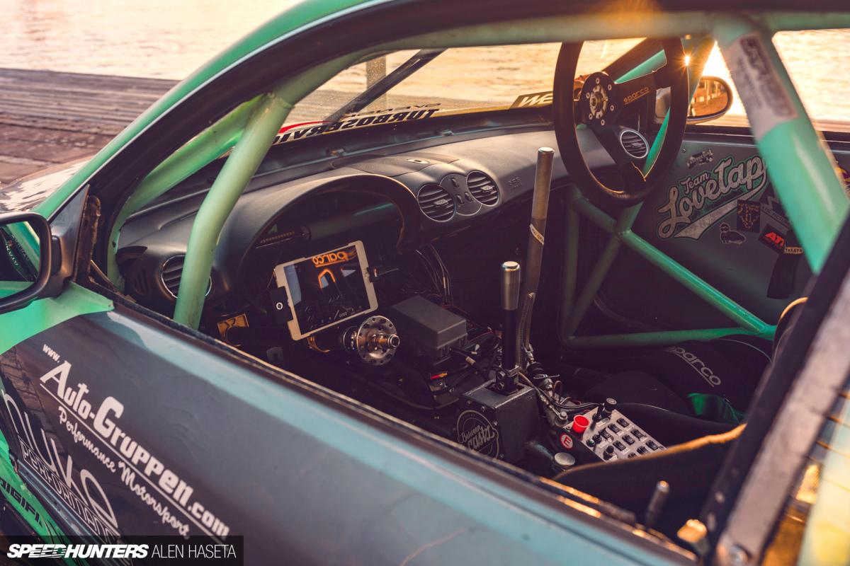 Speedhunters_Alen_Haseta_Interior_9