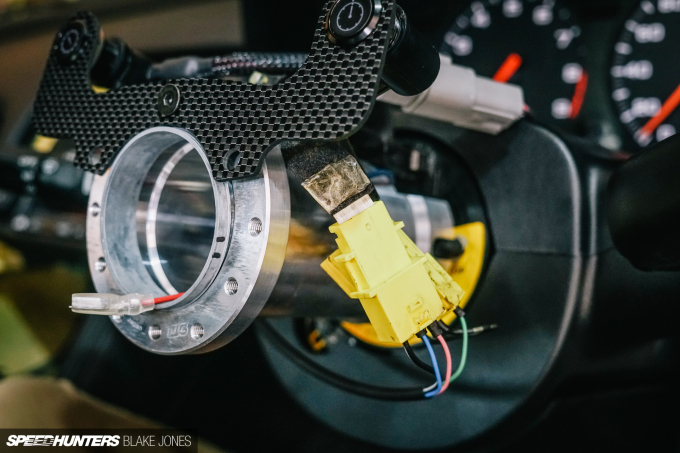 Steering-wheel-buttons-ProjectNSX-blakejones-speedhunters--3