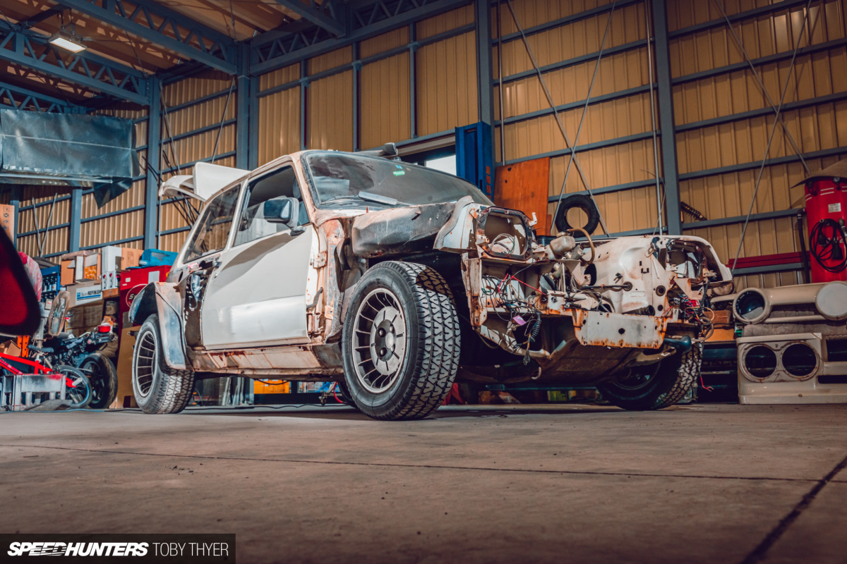 The Auto Project-D R5 Turbo Restoration Starts Here