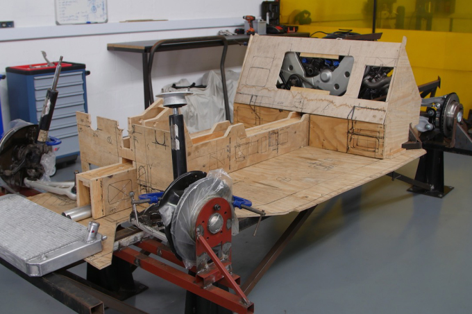 15 V8Stealth Beetle 06 Chassis first designed in wood